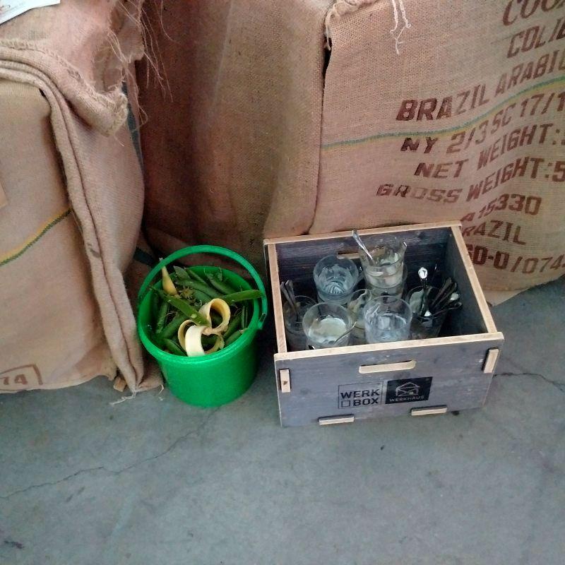 Sammlung von Bioabfällen und Mehrweggeschirr